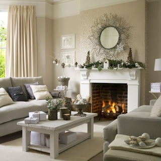 Love the mantel with the birdhouse...