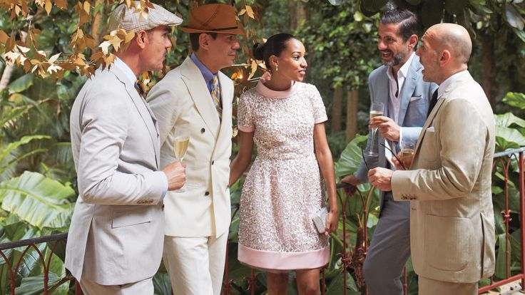 5 Ways to Avoid Having a Receiving Line at Your Wedding  Besides running in the opposite direction.
