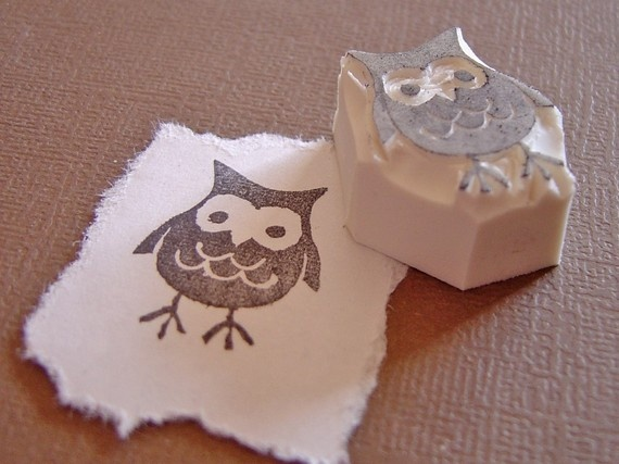 Owl Stamp… An owl stamp that is actually a relief print, easy and cool.
