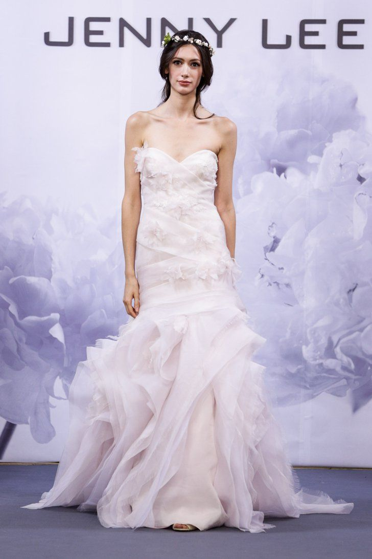 Pin for Later: Les Plus Belles Robes de Mariée de la Bridal Fashion Week Automne 2014  Jenny Lee Bridal Autumn 2014