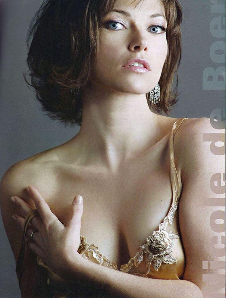 Nicole de Boer Nude Photos 38