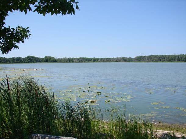 Lac Saint‑Paul -  Longueur : 33 km Dénivellation : 26 mètres  (Altitude de 4 mètres à 30 mètres)http://www.gpsies.com/map.do?fileId=egbbzpbzdsitnyhi