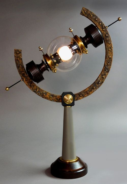 Steampunk lamp by Art Donovan : http://artdonovan.typepad.com/blog/2011/07/arc-light-steampunk-lamp.html