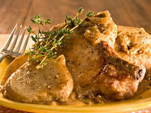 Old Fashioned Smothered Pork Chops & Potatoes