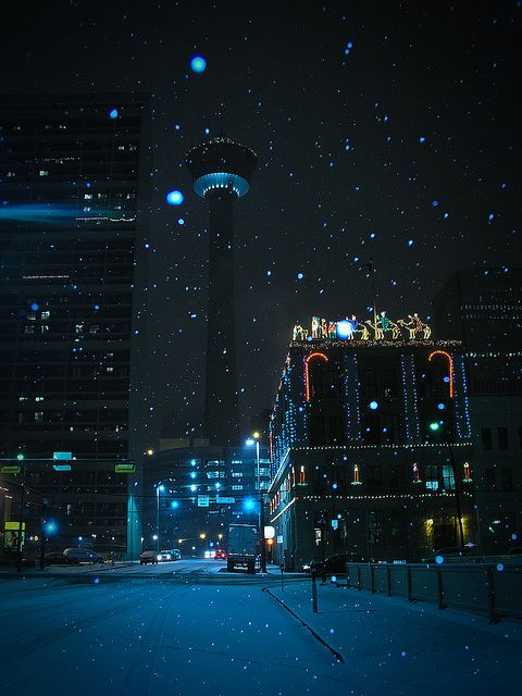 Christmas in Calgary, Alberta - Remember to breath - Travel Alberta http://www.augustuscollection.com/remember-breath-travel-alberta/