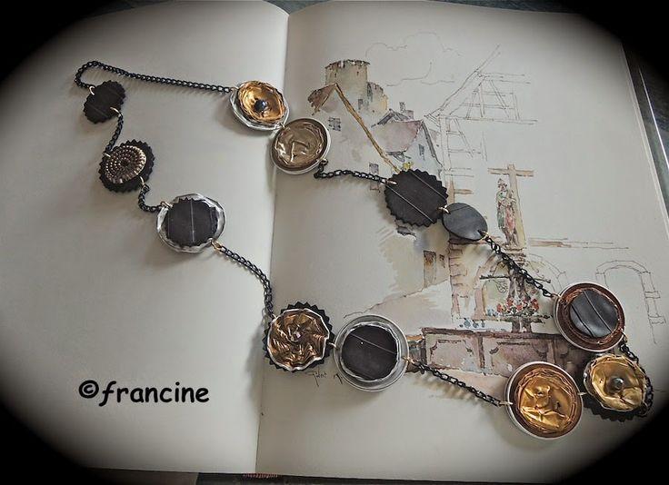 FRANCINE BRICOLE : Sautoir à médaillons capsules Nespresso récupérées...