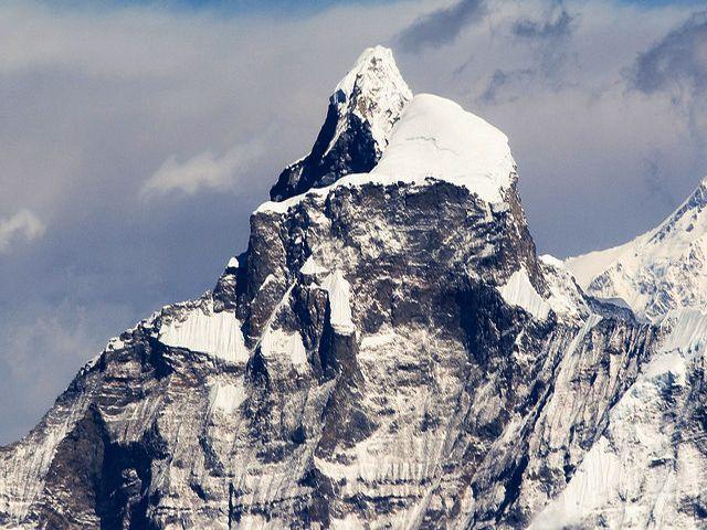 Summit Towers Of Gauri Sankar 7134m
