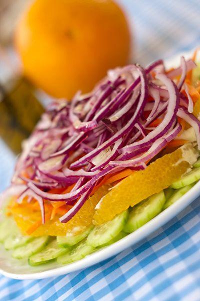 Салат из огурцов с апельсинами