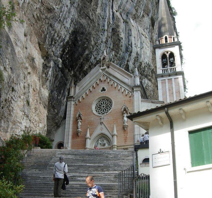 Spiazzi di Monte Baldo (VR)-Santuari della Madonna della Corona