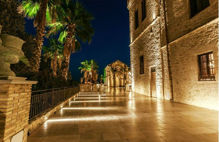 L'eleganza è seduzione, fascino, mistero. Non apparenza. (Roberto Capucci) Castello Ducale Colonna - Luxury Events Sicily  #luxury #location #wedding #Agrigento