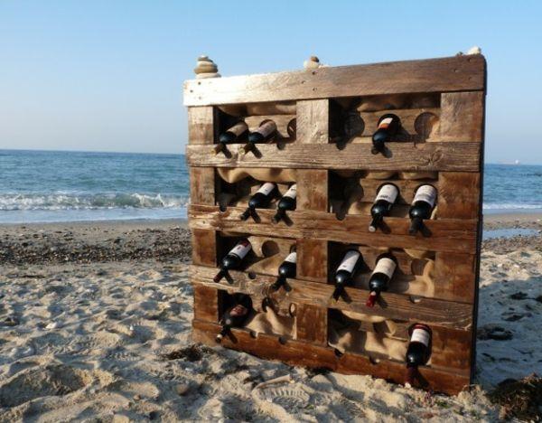 DIY Möbel aus Europaletten – 101 Bastelideen für Holzpaletten - holz paletten möbel selbst basteln DIY ideen  weinständer