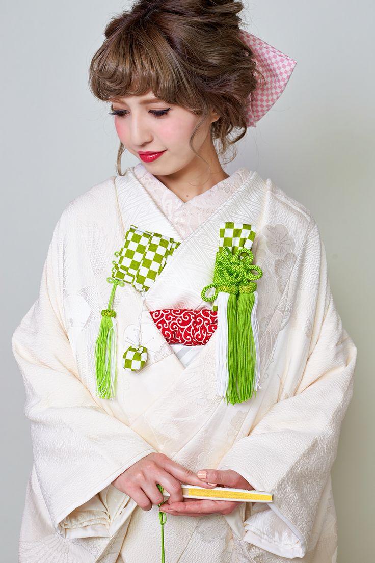 花嫁和装小物(グリーンと白の市松5点セット・縮緬の帯揚げ・レースの半襟)一式