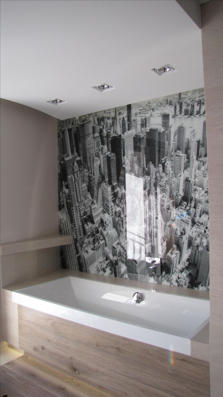 100 % waterproof glass with inprint.for bathroom