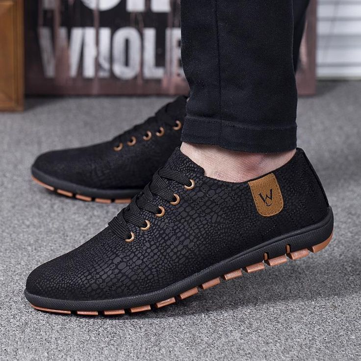 W.O Breathable Casual Low Lace-up Canvas Shoes