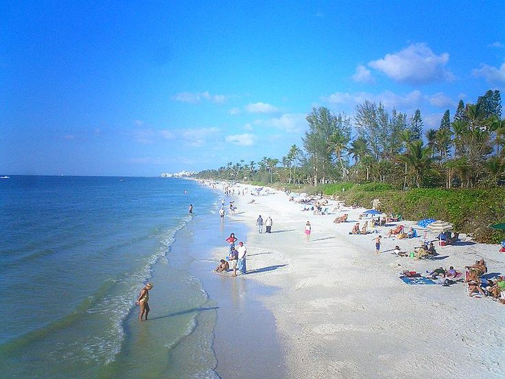 How to Retire to Naples Florida: Homes, Jobs, and Attractions