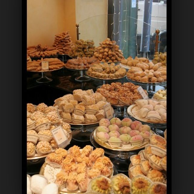 Paris Bakery