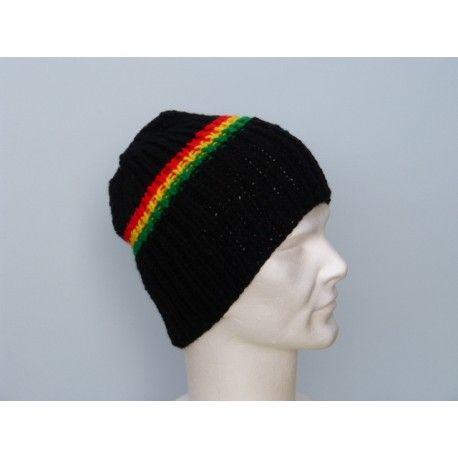 Taille unique pour homme & adolescent Très joli bonnet rasta , aux couleurs de la Jamaïque . Bonnet de couleur noir coupé d'une petite bande de couleur rasta , verte , jaune , rouge . Ce bonnet est tricoté-main en maille cotes 1/1 , ce qui lui donne une très grande élasticité, il  s'adapte à la tête de la personne qui le porte . Il mesure 24 cm de hauteur . Bonnet très chaud et très doux en laine acrylique .