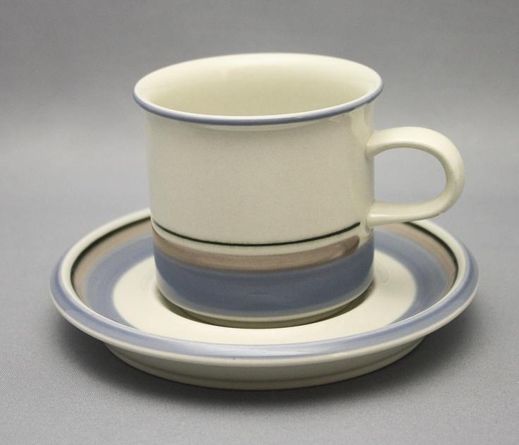 Arabia, kahvikuppi, Uhtua, Inkeri Leivo - 1970-luku