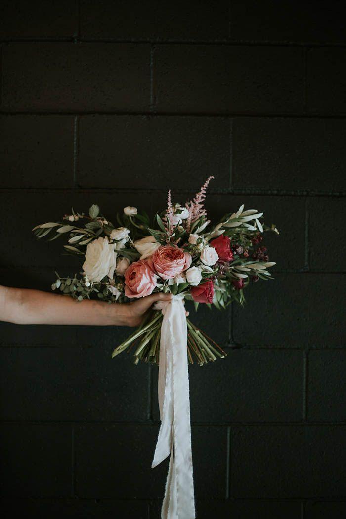 modern-romantic-portland-wedding-at-leftbank-annex-olivia-strohm-photography-62