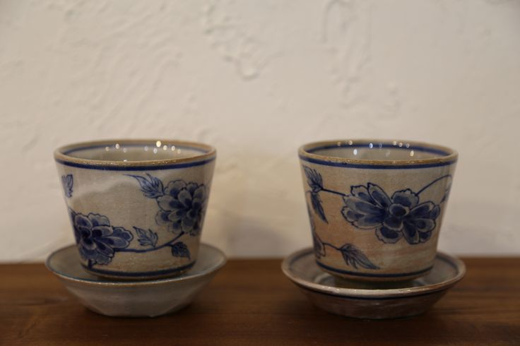 권기현(Kwon, Ki-Hyeon), 찻잔(Teacups with saucers)
