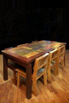Tavolo realizzato in legno di Teak recuperato da vecchie imbarcazioni in disuso (Arredo Barche).  Misure: cm 180 x 90 x H: 80 cm - See more at: http://www.yoursecretgarden.it/ita/eshop/articolo.html?id=1911#sthash.fUWhswtZ.dpuf