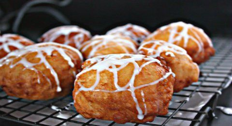 Easy and delicious Apple Fritters