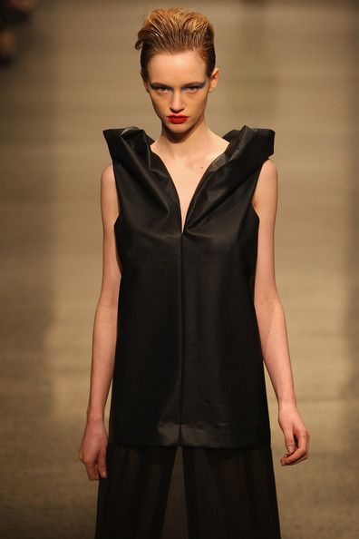Zambesi – Autumn/Winter 2012 – New Zealand Fashion Week|| seen some similar shapes in some of the Japanese pattern books?