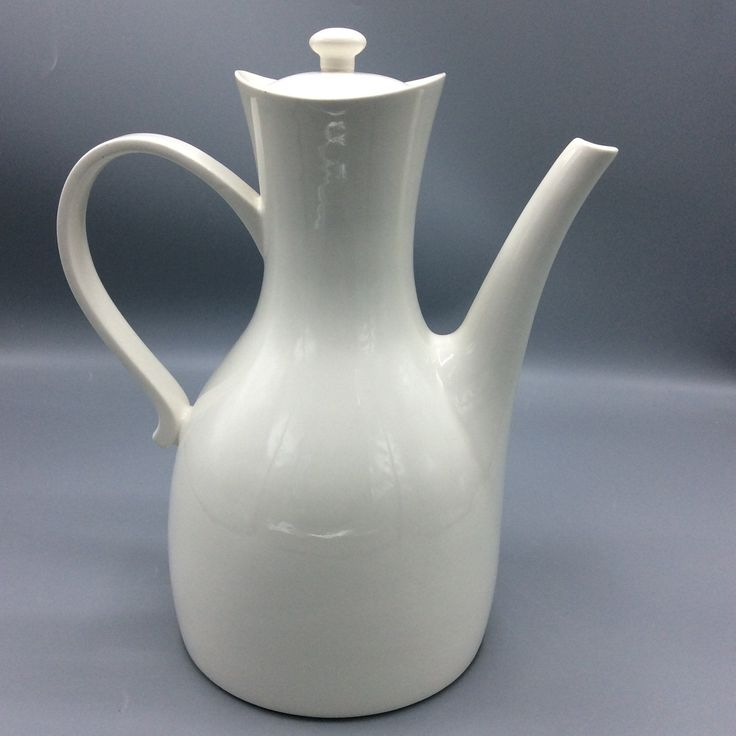 Hall china large white coffee pot 10 cups shipping