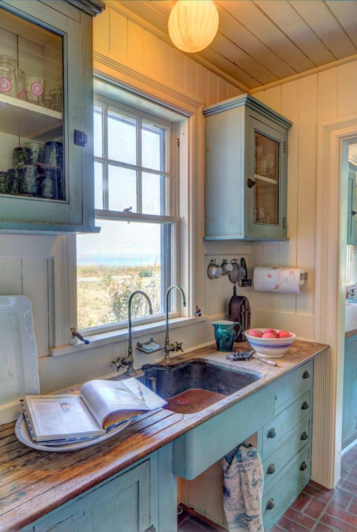 Rustic Country Cottage Kitchen - Find this pin and more on cottage kitchen