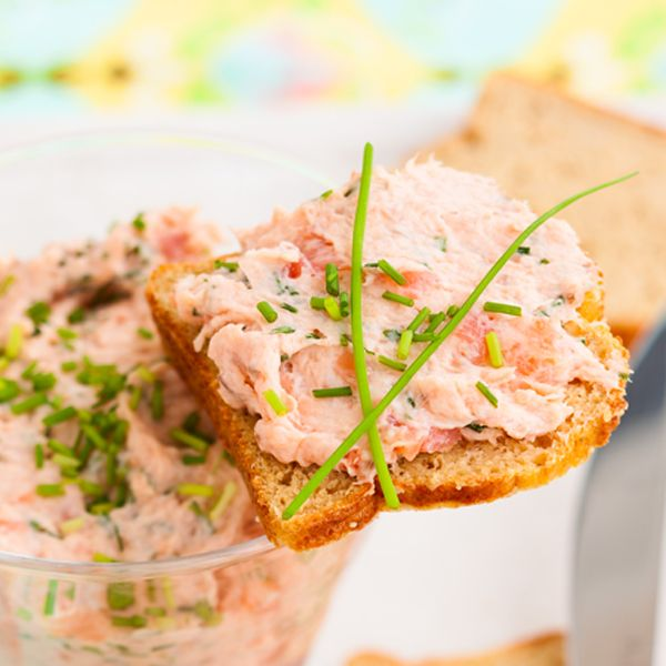 Not sure what to do with that leftover salmon? Here is an awesome salmon dip recipe made with cream cheese and lots of flavor.. Cream Cheese and Salmon Spread Recipe from Grandmothers Kitchen.