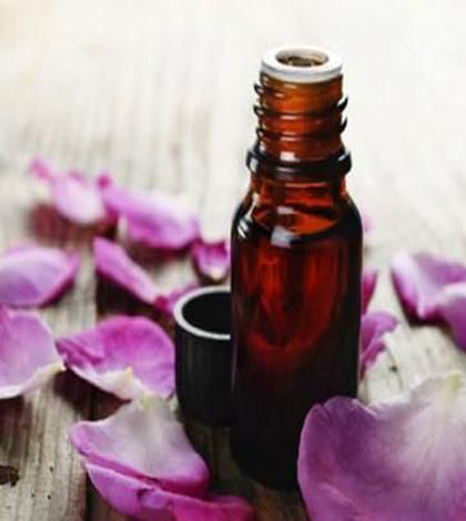 L'olio come cura efficace ed economica per la bellezza del viso - Ambiente Bio