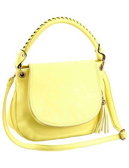 Tasche mit Überschlag in eleganter Form