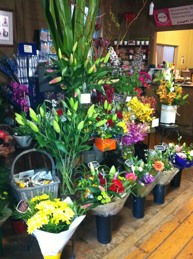 beautiful flowers always fresh and made to order