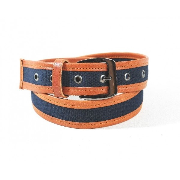 Cotton belt in combination with natural leather, 40 mm width.