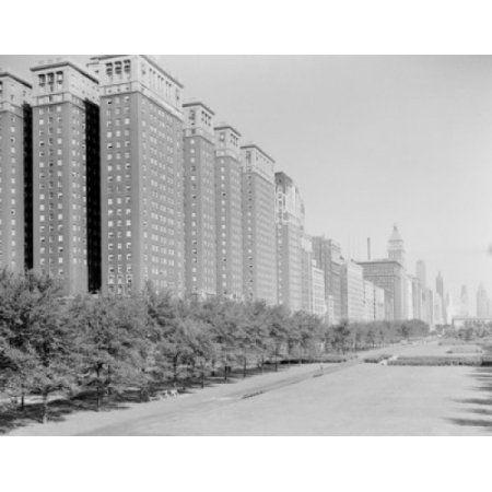 USA Illinois Chicago Conrad Hilton Hotel on Michigan Boulevard Canvas Art - (24 x 36)