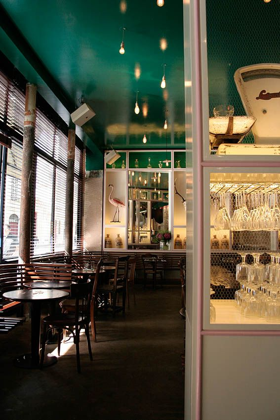 Intérieur Salle Détail - Petit Poucet Paris #bar #brasserie #paris ...
