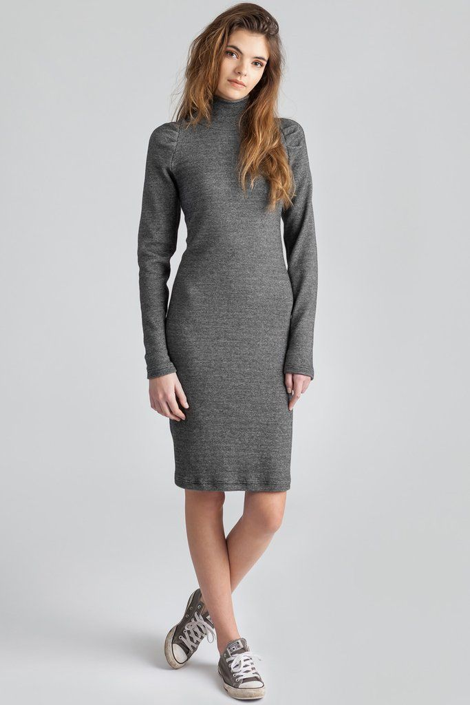 Turtlenecks dress. Thick cotton rib. Stretch dress. Knee length. Super long sleeves. #turtleneck #stretchdress #longsleeves #kneelength #casualdress #summerdress #graydress #detailedsleeve #womensfashion #allisonwonderland #pillar #style #trending #streetstyle #wardrobebasics #comfort
