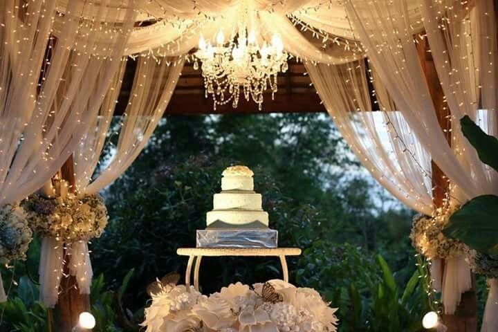 Wedding cake : chormuang chiangmai wedding planner