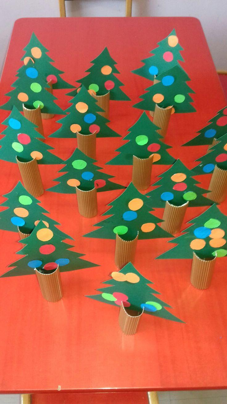 Χριστουγεννιατικα  δέντρακια