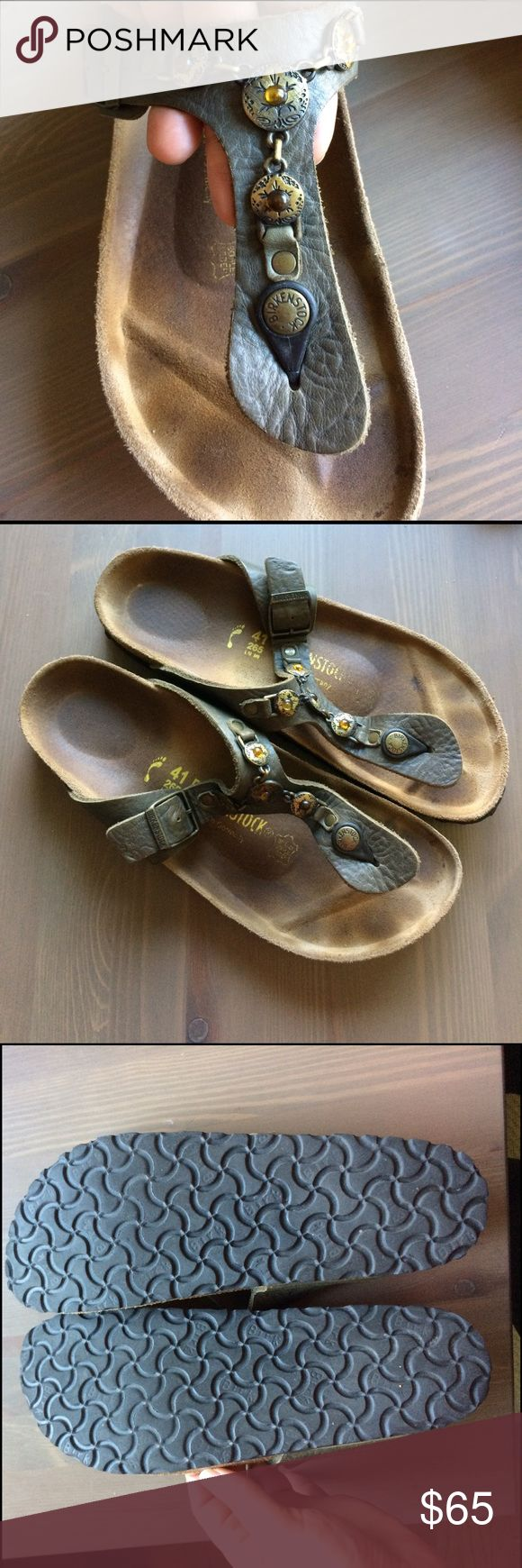 Size 41, Birkenstock Gizeh Sandals with Flare Comfy Birkenstock sandals, lovely shade of green with some flare! Size 41 (US 10-10.5), narrow (which is more like regular for Birks). Great used condition. Limited wear on soles! Birkenstock Shoes Sandals