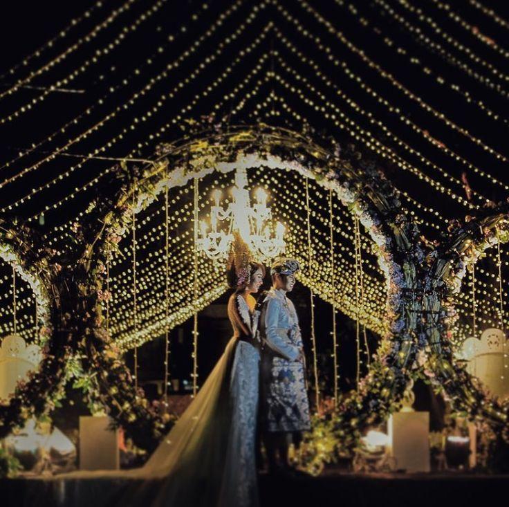 #wedding #weddingidea #balinesebride #balinesegroom #bridesmaid #bridesmaiddress #bridesmaidkebaya #indonesianbridesmaid #bridebestfriend #wedding #weddingidea #balinesewedding