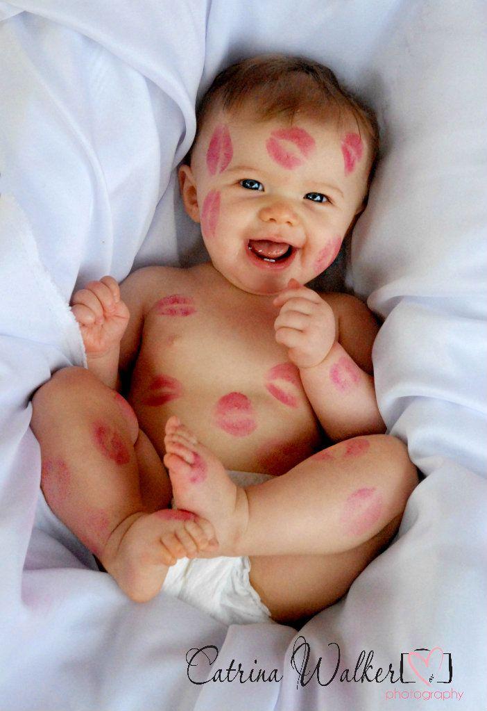 süßes #Babyfoto mit gaaaaanz vielen #Knutschern