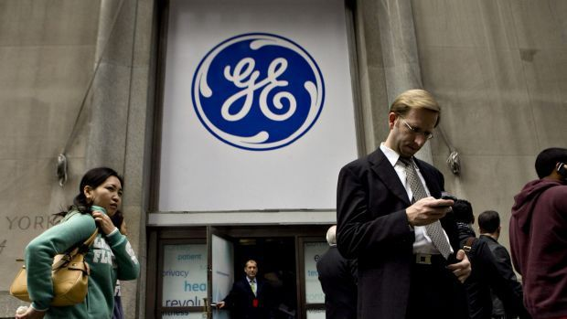 """GE Finance sold in record-setting deal #finance #companies #nz http://finance.remmont.com/ge-finance-sold-in-record-setting-deal-finance-companies-nz/  #ge consumer finance # GE Finance sold in record-setting deal In one of the largest transactions seen in Australia, a consortium of private equity firm KKR & Co, alternative investment manager Varde Partners and Deutsche Bank has agreed to buy GE Capital's Australian and New Zealand consumer lending arm for $8.2 billion, the """"enterprise…"""