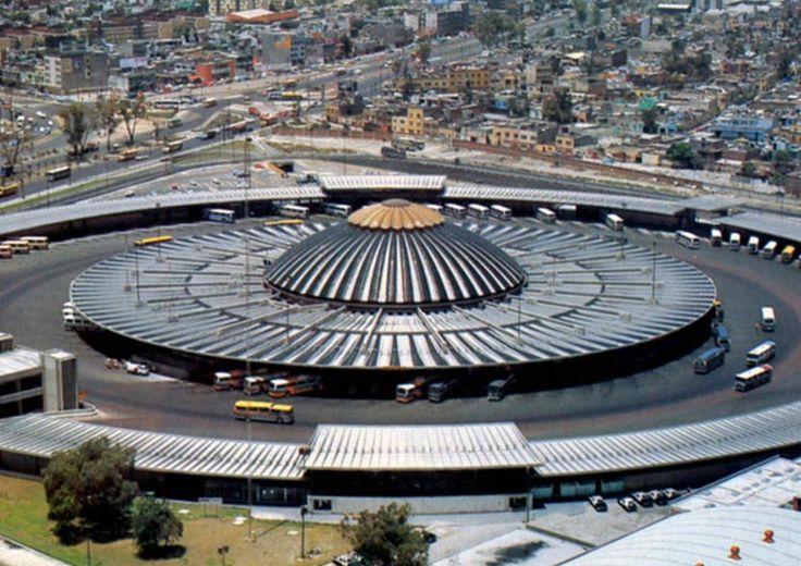 Vista de la Terminal de Autobuses de Pasajeros de Oriente, mejor conocida como