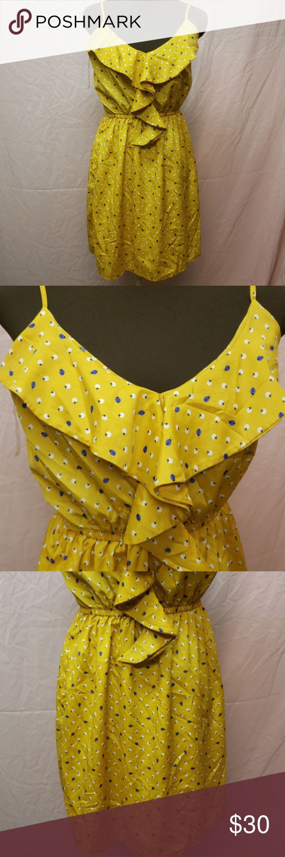 PRICEDROP😁Yellow dress with purple lady bugs Size large My