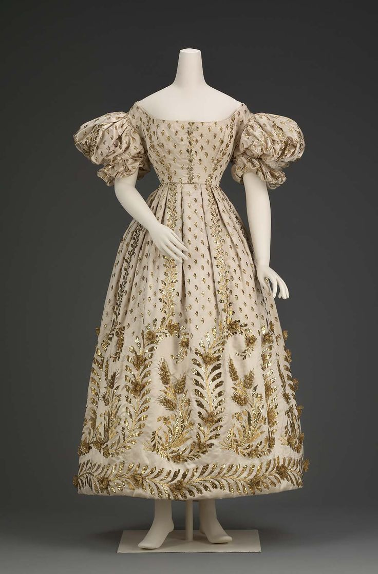 Ball dress | Museum of Fine Arts, Boston