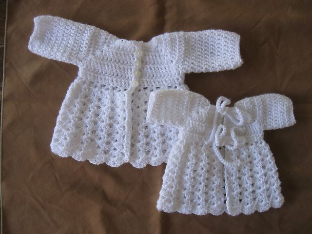 Crochet baby jacket - free pattern