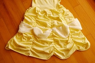 Belle dress up tutorial... perfect since Arya just asked to be Belle for Halloween!