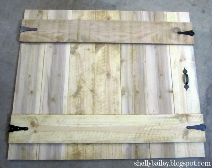 Shelly Bailey: Handmade Fireplace Cover - DIY Faux Gate