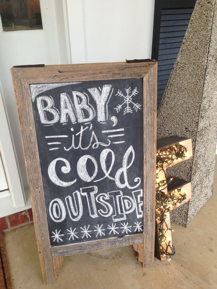 Front porch Christmas decorations / cute chalk board
